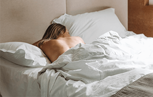 A nude expert explains why sleeping nude is better for your health