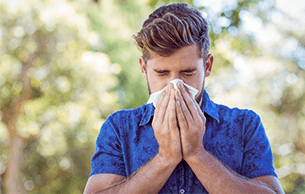 Just 1% of UK population using opticians for hay fever services