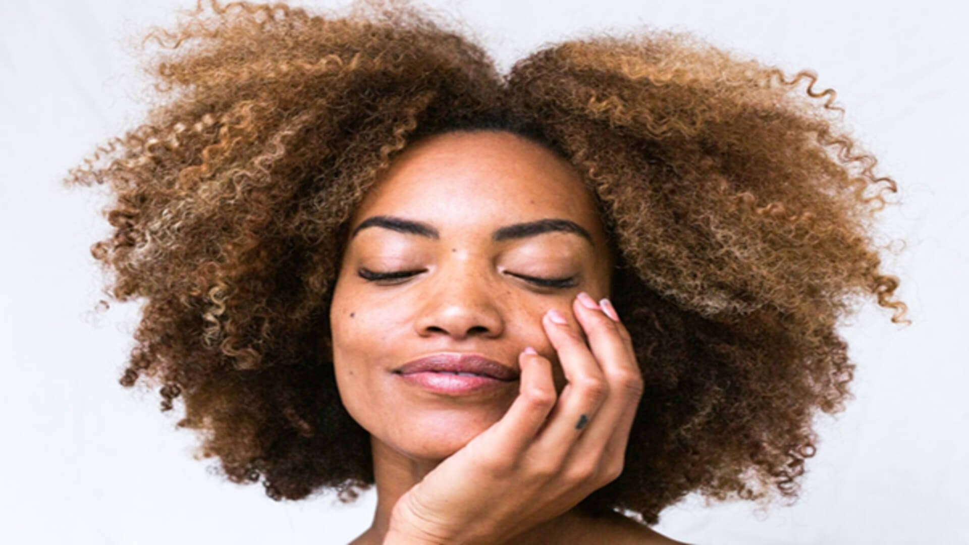 5 Miracle Ways to Add CBD into Your Beauty Routine