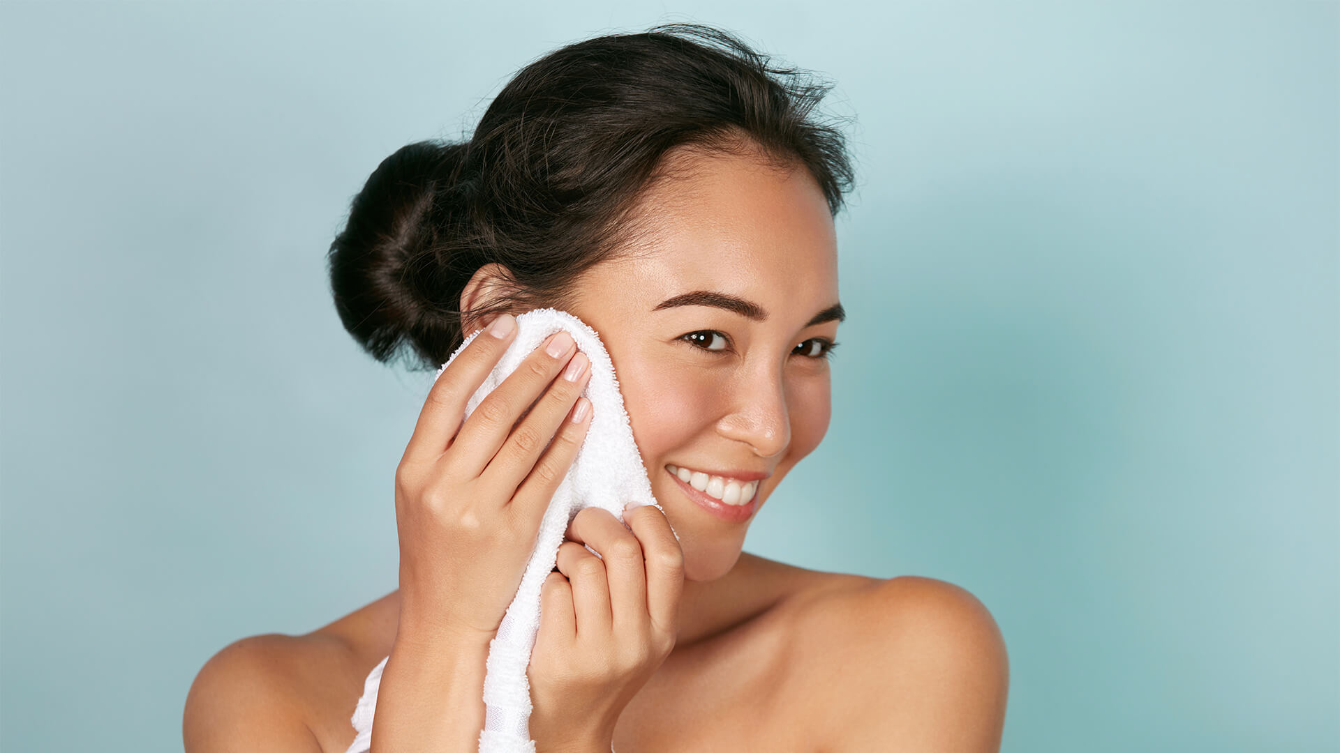 Gut Health & Glowing Skin: How Probiotics Can Help Your Skin
